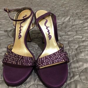 NINA purple heels with rhinestones
